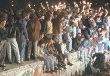 Η πτώση του Τείχους - Σκηνές από τον Ψυχρό Πόλεμο, Βασίλης Ασημακόπουλος