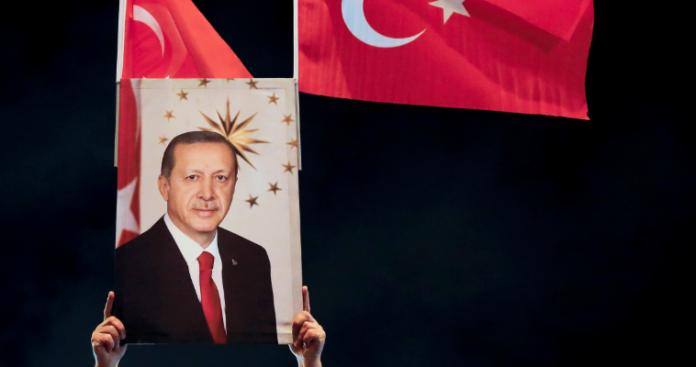Το τουρκικό success story - Η δυναμική επιστροφή του (νεοοθωμανικού) Ισλάμ, Νίκος Μπινιάρης