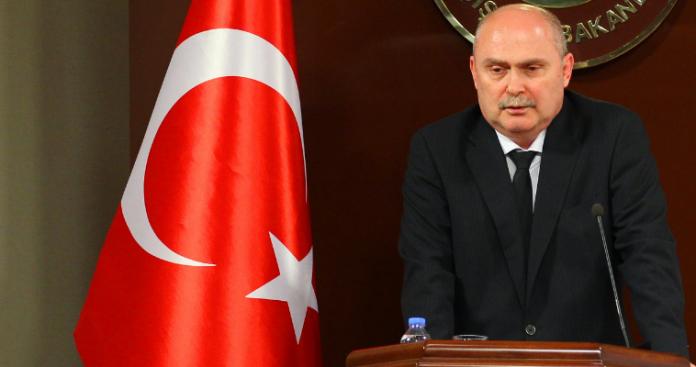 Φεριντούν Σινιρλίογλου - Ένας εμβληματικός Τούρκος διπλωμάτης, Νεφέλη Λυγερού