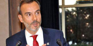 """Δήμαρχος Θεσσαλονίκης: """"Θα υποδεχτούμε προσφυγόπουλα"""""""