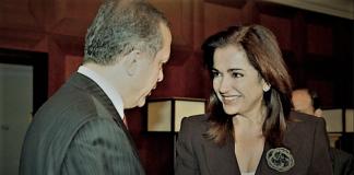 Τα φοβικά tweets της πρώην υπουργού Εξωτερικών μόνο ζημιά κάνουν, Ντόρα Μπακογιάννη