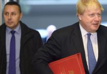 Τα όπλα της Λευκωσίας στον εκβιασμό του Λονδίνου, Κώστας Βενιζέλος