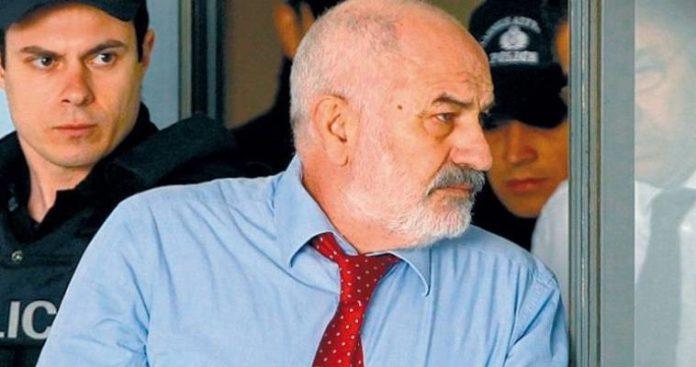 Εκτός φυλακής, μετά από 7 χρόνια, ο Γιάννης Σμπώκος
