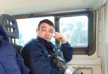Επίθεση πολιτών στο ξενοδοχείο των ΜΑΤ - Εκτός ελέγχου τα νησιά , slpress