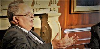Ο Κοτζιάς μιλάει για όλα στον Χρ. Καπούτση, Χρήστος Καπούτσης