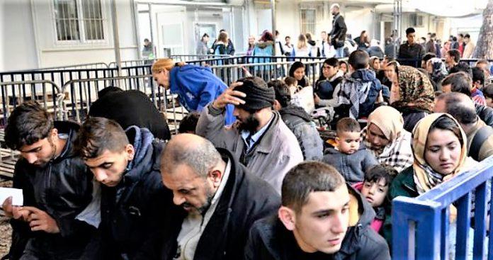 Η μαζική παράνομη μετανάστευση ως μορφή υβριδικού πολέμου, Αναστάσιος Λαυρέντζος
