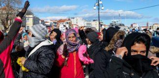 Σε κλειστά κέντρα κράτησης στις Σέρρες οδηγούνται 300 μετανάστες
