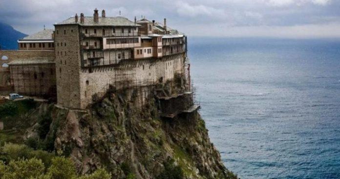 Πάσχα χωρίς επισκέπτες στο Άγιον Όρος