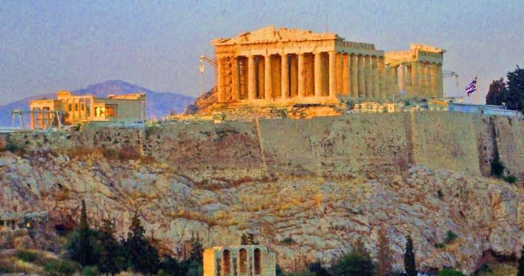Πως το Twitter τρολάρει την Μενδώνη για την Ακρόπολη