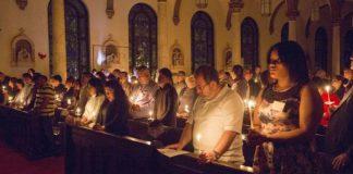 Πώς γιόρτασαν το Πάσχα οι καθολικοί – Η ανάσταση αργεί ακόμα..., Νεφέλη Λυγερού