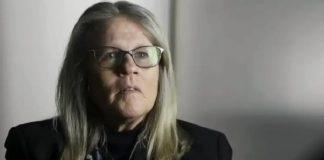 Η γιατρός που πυροδοτεί θεωρίες συνωμοσίας για τον ιό, Νεφέλη Λυγερού