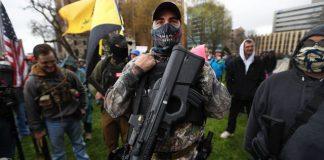 Τα tweets του Τραμπ και οι ένοπλοι διαδηλωτές στο Μίσιγκαν, Αλέξανδρος Μουτζουρίδης