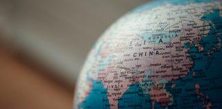 Ένα ακόμη βήμα μπροστά η Κίνα – Από τη διπλωματία της μάσκας στη διπλωματία του χρέους, Αλέξανδρος Μουτζουρίδης
