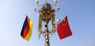 Δίκοπο μαχαίρι για την ΕΕ η εξάρτηση από την Κίνα – Τι φοβάται η Γερμανία, Αλέξανδρος Μουτζουρίδης