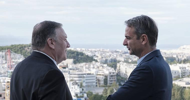 """Διακόσια χρόνια από την Επανάσταση η """"πανουργία"""" της Ιστορίας απειλεί την Ελλάδα, Μάκης Ανδρονόπουλος"""