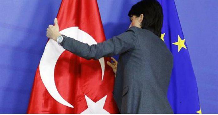 Μισό βήμα πίσω, τρία εμπρός ο Ερντογάν – Εβδομάδα αποφάσεων για την Τουρκία, Βαγγέλης Σαρακινός