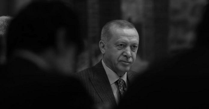 Ο Ερντογάν εντείνει την πίεση, αλλά σφίγγει κι ο κλοιός γύρω του, Νεφέλη Λυγερού