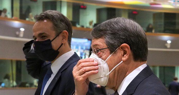 Έντονη αποδοκιμασία στην Τουρκία, αλλά κυρώσεις