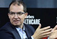 Στεφάν Μπανσέλ: Ο άνθρωπος πίσω από το άλλο εμβόλιο, Νεφέλη Λυγερού