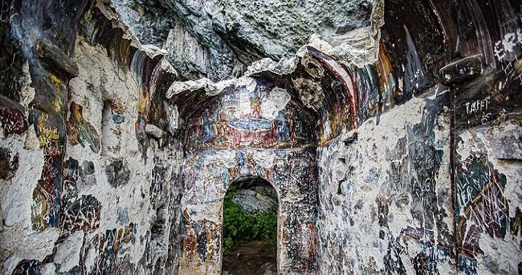 Οι Τούρκοι αφήνουν να καταρρέει η πιο παλιά μονή στον Πόντο (270 μ.Χ.), Μελαχροινή Μαρτίδου