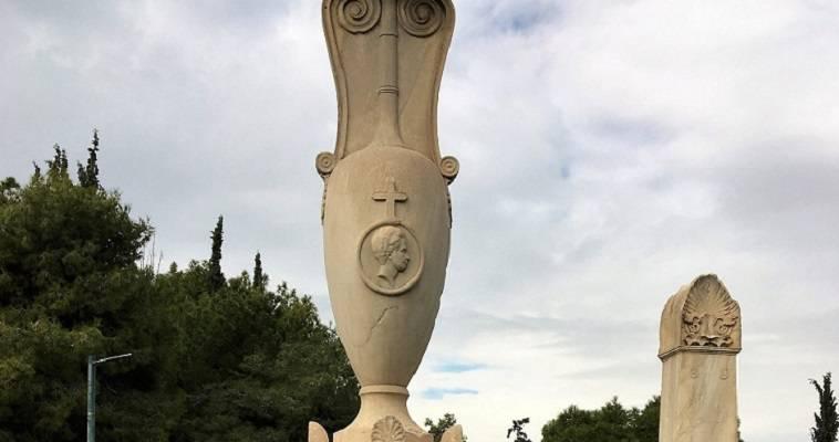Ο ιδανικός φύλακας των μνημείων του Ιππίου Κολωνού, Δημήτρης Παυλόπουλος