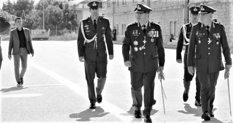 """Κρίσεις και αναξιοκρατία στις Ένοπλες Δυνάμεις – Γιατί """"τρώνε"""" άριστους αξιωματικούς, Ζαχαρίας Μίχας"""