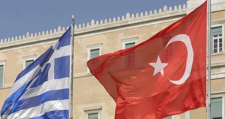 Το ανεπανάληπτο ελληνικό πολιτικό τσίρκο, Απόστολος Αποστολόπουλος